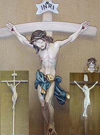 Kruzifixe jeder Art und Größe - alle natürlich Holz natur oder bemalt