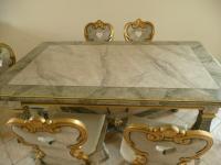 """Tisch (siehe auch unter """"Bauernschrank"""")"""
